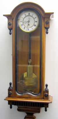 Vienna regulator clock
