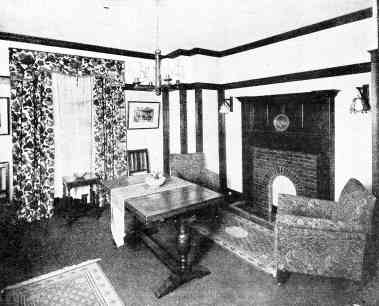1920s morning room