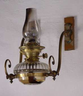 wall-hung oil lamp